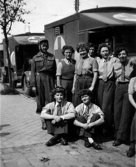 1945 05 11 - Dunkerque (Friday) - Evacuation of German wounded - Rosemary - Phil - Jena - Sheila - (sweenpole2001) Tags: family red history army photo war cross wwii historic ww2 worldwar wartime histroic dunkling brumpton