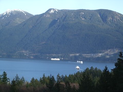 Ferries Depart and Arrive in Horseshoe Bay