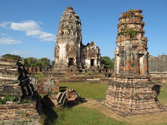 Lopburi - Wat Phra Si Ratana Mahathat (pacoalfonso) Tags: trip travel viaje thailand asia si ruin wat lopburi viajar phra mahathat ratana pacoalfonso pacoalfonsocom