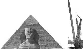 pyramid-and-crane