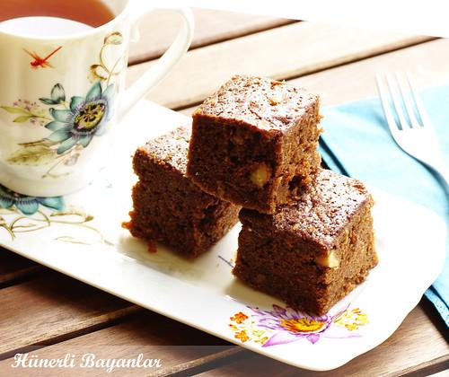 Kakaolu Havuçlu Kek