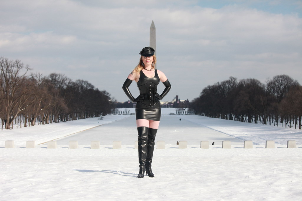 Agree Dominatrix leather mistress opinion