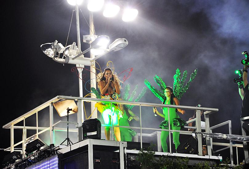 soteropoli.com fotos fotografia salvador bahia brasil verao carnaval trio eletrico axe 2010 by tunisio (29)