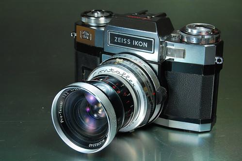 Classic cameras: Contaflex Super BC