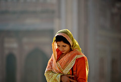 Woman with sari (madamasu) Tags: portrait india nikon colours fathepursikri sari elderlywoman uttarpradesh d700 leicaapotelyt180mm