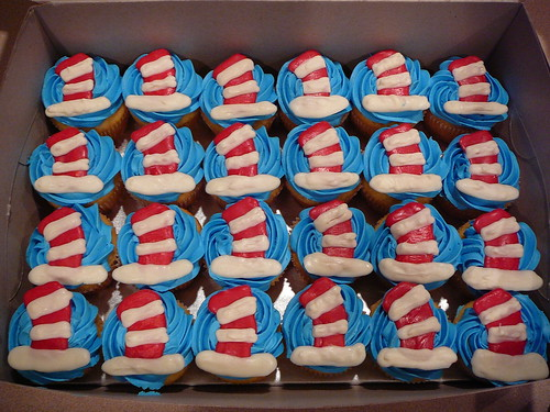 Cat In Hat Cupcakes. Cat in the Hat Cupcakes