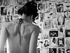 Eve - Backstage (manupiripiri / Emanuela De Luca) Tags: roma girl donna noir persone burlesque biancoenero 2010 spettacolo ragazza schiena zouzou nudo bwdreams nikond40 jpeggy ritrattidiof animaazione evelaplume emanueladeluca clubromanodifotografia
