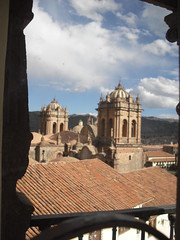 Museo Inka, Cusco, Peru. (ER's Eyes On a Break. I'll be back in January. Bes) Tags: museoinka cusco peru qosqo qusqu andes unesco umbigodomundo laciudadimperial theimperialcity incaempire naveloftheworld museu museum museo incamuseum inka inca história history historic telhados telhas tiles tileroofs roofs