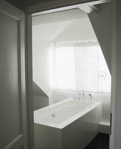 white bathroom by A Merry Mishap blog.