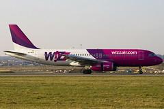 UR-WUA - 3531 - Wizzair - Luton - 090318 - Steven Gray - IMG_1747