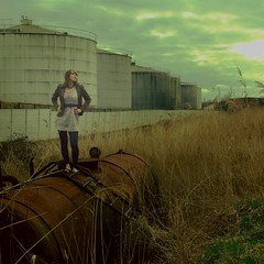 is there really chemistry between you and me? ~097~365 (Leentje Schoofs (Little L*tje)) Tags: portrait abandoned port self myself tank dirt sp chemistry oil antwerp 365 stinky selfie day097