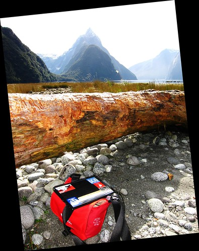 Milford Sound - Road Less Travelled