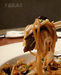 Shanghai beef noodles @ The Noodle House (FS717) Tags: food house closeup restaurant shanghai beef sony main chinese cybershot course noodles noodle the  tx1