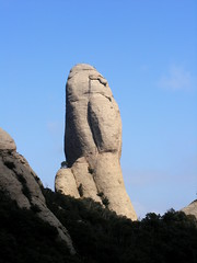 Parecido como una cara.../seems like a face, isn't it? (Aleksejs Medvedevs (Alex)) Tags: barcelona hills montserrat faceofhuman