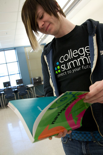 031710_collegesummit_-1572x