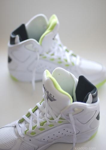Nike Flight Lite