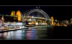 Harbour bridge (Roberto Martinez [okinal]) Tags: longexposure bridge night puente sydney australia harbourbridge okinal