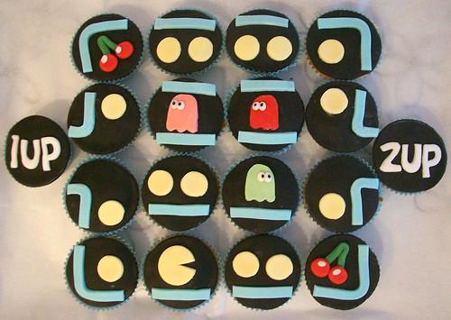 Pacman Cupcakes.
