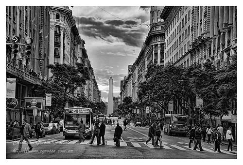 Diagonal y el Obelisco (Buenos Aires)