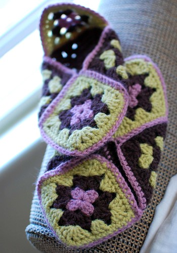 Free Crochet Granny Square Dog Sweater : EASY CROCHET GRANNY SQUARE SLIPPER - Crochet ? Learn How ...