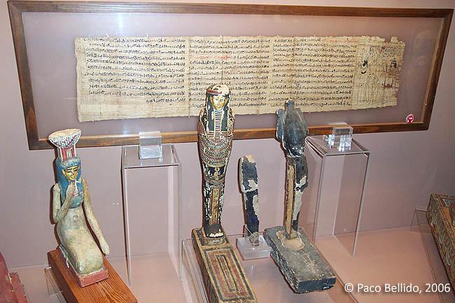 Piezas del Museo Egipcio. © Paco Bellido, 2004