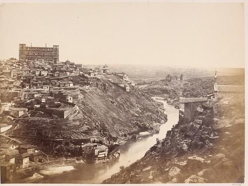 Toledo visto desde la ermita del Valle en 1857. Fotografía de Charles Clifford. Victoria and Albert Museum, London