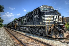Norfolk Southern GE ES-40 (Carolinadoug) Tags: railroad train geotagged nc nikon belmont ns northcarolina rail rr ge hdr topaz norfolksouthern photomatix es40 d80 dougjohnson topazadjust geo:lat=35242184 geo:lon=81036873