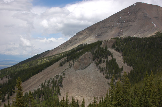 2mountain,-dike,-knife-edge-close-up-copy.jpg