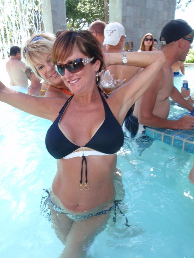 desert hot springs milf women 100% free online dating in palm springs 1,500,000 daily i'm just looking for one woman with genuine i enjoy being outdoors when it isn't too hot.