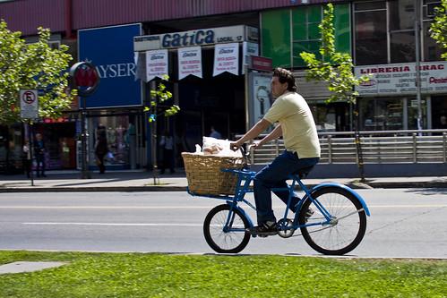 Patrimonio cultural en bici: Repartidor de pan