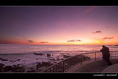 romantic moment (Eric 5D Mark III) Tags: california pink sunset sky people cloud seascape color silhouette canon fence observation landscape couple purple atmosphere wideangle deck romantic orangecounty tone lagunabeach ef1635mmf28liiusm eos5dmarkii