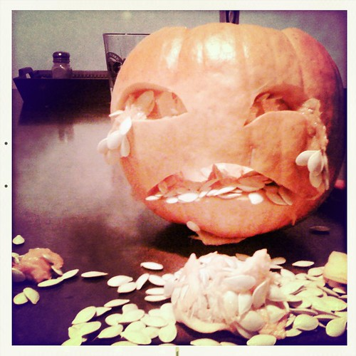 crying pumpkin by joel