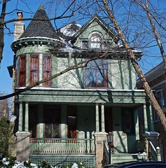 house built in 1888 (ihynz7) Tags: house chicago architecture lakewoodbalmoral historicdistrict nationalregisterofhistoricplaces nrhp
