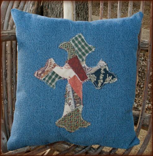 Denim Pillow w. Patchwork Cross