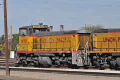 UPY SW1500 1072 switches Tucson Yard, January 7, 2010 (Ivan S. Abrams) Tags: railroad chicago phoenix up train losangeles illinois nebraska tucson railway trains unionpacific railways e9 e8 uprr sd402 sw1500 sd40 gp402 sd70m c449w es44ac mp15dc bensonarizona northplattenebraska sybilarizona ivansabrams pimacountyarizona cochisecountyarizona davidsoncanyonarizona lacienegaarizona abramsandmcdanielinternationallawandeconomicdiplomacy ivansabramsarizonaattorney ivansabramsbauniversityofpittsburghjduniversityofpittsburghllmuniversityofarizonainternationallawyer