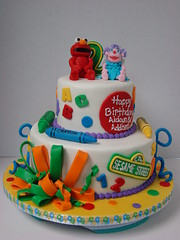 Elmo and Abby Birthday Cake (sweetcakesbyrebecca) Tags: cute cake twins elmo 123 birthdaycake sesamestreet round abc crayon 2ndbirthday abbycadabby sweetcakesbyrebeccacustomcakes