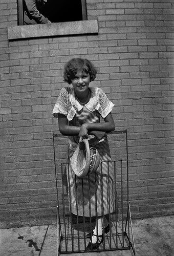 Unidentified young woman, Dayton, Tennessee, July 1925, by William Silverman, Smithsonian Institutio