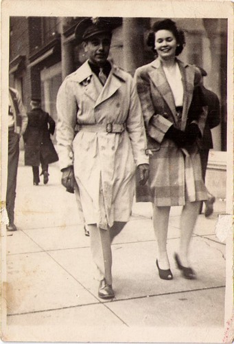 gmom and gdad 1943