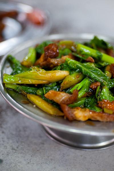 Flash-fried kai lan and crispy pork, Sek Yuen, Kuala Lumpur, Malaysia
