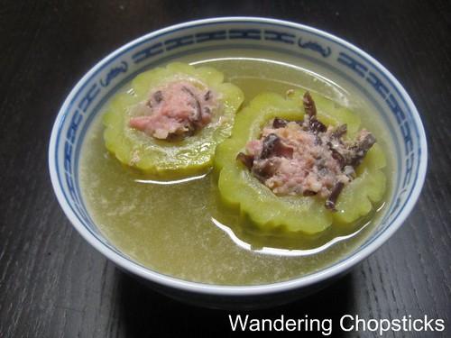 Canh Kho Qua Nhoi Thit (Vietnamese Stuffed Bitter Melon Soup) 1