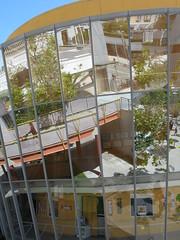 Reflections and color (Xingu) Tags: yerbabuena yerbabuenagardens