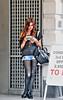 Englishwomen_077 (The-Wizard-of-Oz) Tags: portrait england urban london girl reading waiting dailylife englishwoman