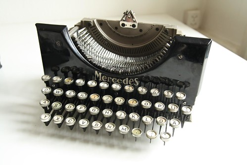 Mercedes No.5 typewriter 2/13