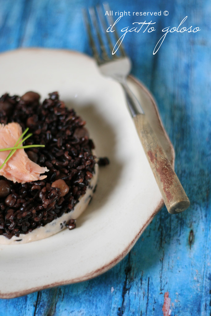 riso nero e spuma di salmone