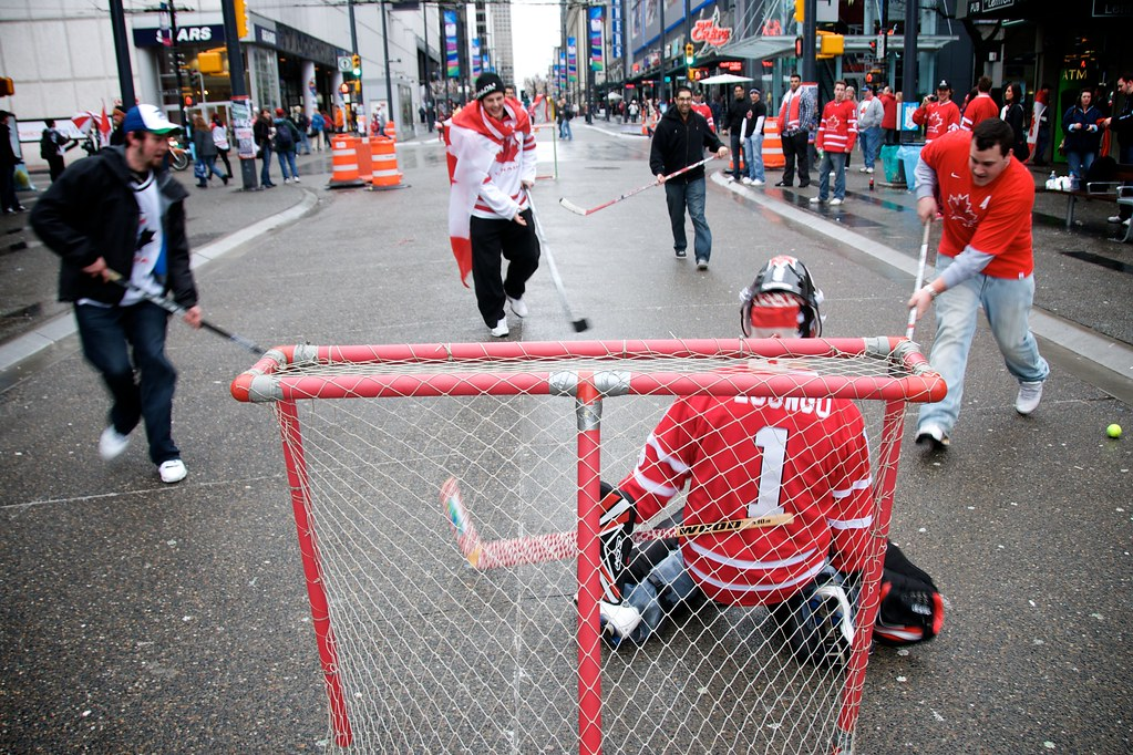 Street Hockey Before THE GAME