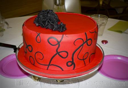 fondant swirl cake ruffles