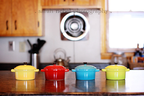 . cute pots .