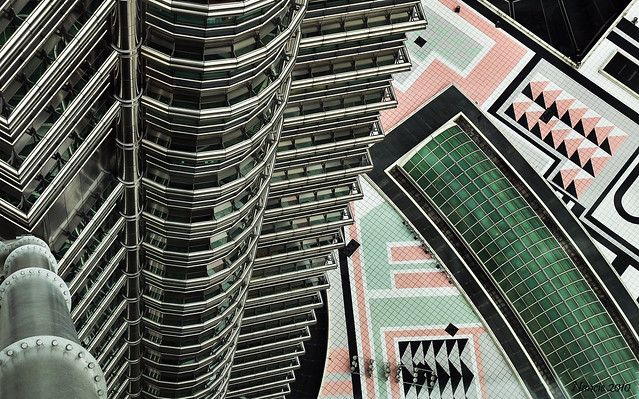 Looking down from the sky walk --- Petrona Towers