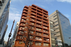 shinjuku apartments (AS500) Tags: city red japan tokyo shinjuku asia apartments buiding