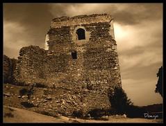 La Historia por los suelos (Doenjo) Tags: torre constantina